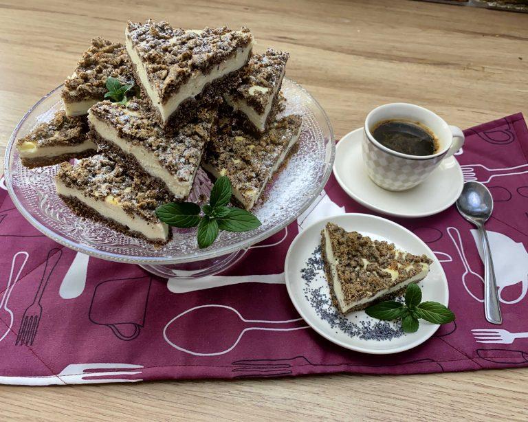 Tvarohový kolač s makom z pohánkovej múky Pernerka